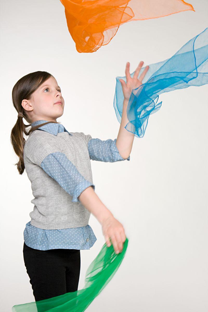 image gallery scarf juggling